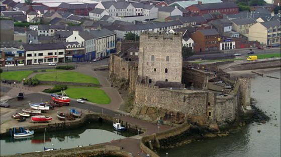 aerial-wide-shot-pan-carrickfergus-castle-county-antrim-northern-video-id914-24